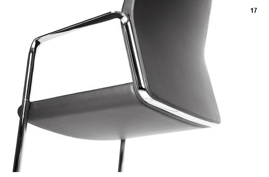 fotele-gabinetowe-my-turn-projekt-17