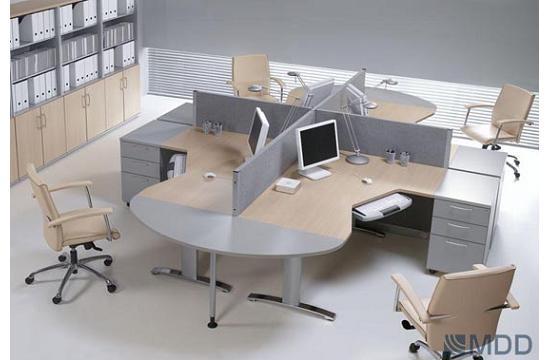 Panele między biurka aranżacja 01