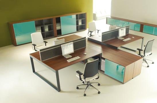 Panele między biurka aranżacja 09