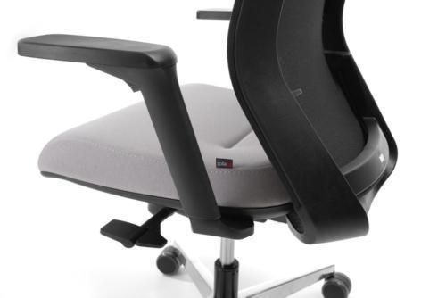 Fotel gabinetowy Milla 25
