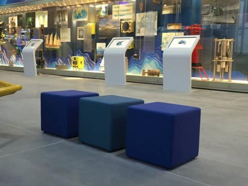 Kanapy i fotele Cube 08