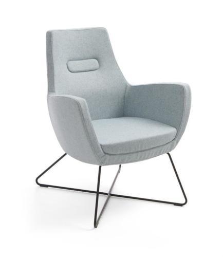 Kanapy i fotele Um 09